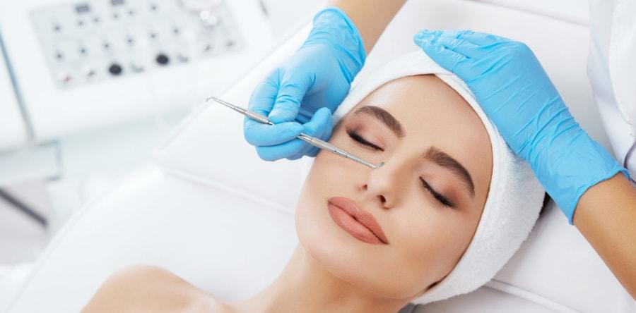 чистка кожи лица в клинике Гравимед